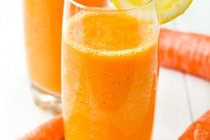 Smoothie with carrot and orange
