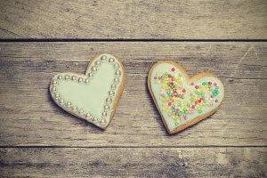 Two Valetine´s cookies