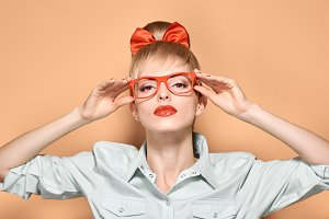 Beauty fashion woman glases, hipster