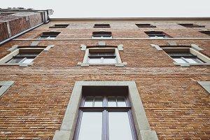 Brick Wall vs Windows