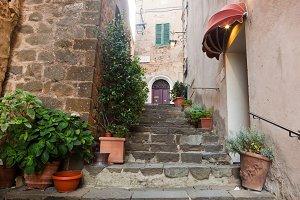 Tuscan architecture.