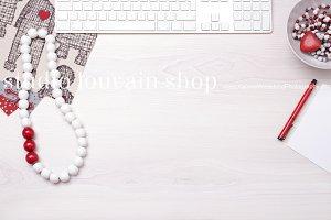 Valentines Desktop Mockup + FREEBIE