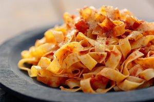 Tagliatelle with tomato sauce