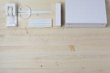 White on Light Wood Styled Desktop
