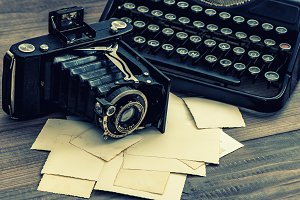 Vintage camera and typewriter