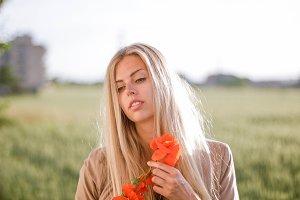 nice woman in the  poppy field