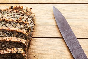 Knife and wholewheat bread.