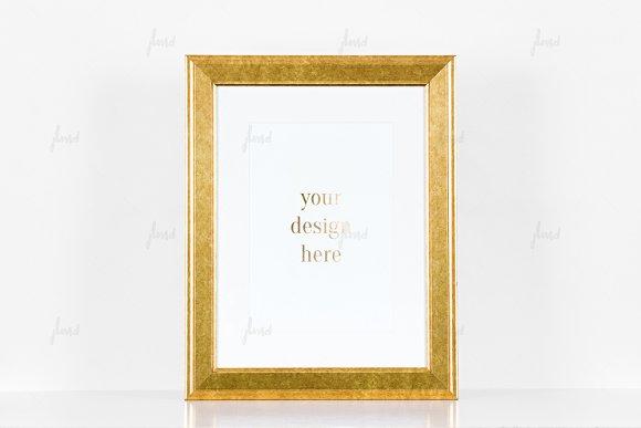 Download Vintage golden frame
