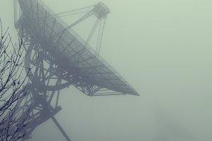 Radiotelescopes in the mist