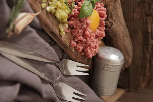 Beef tartare with pickled cucumber