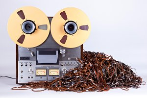 Open Reel Deck with Messy Tape