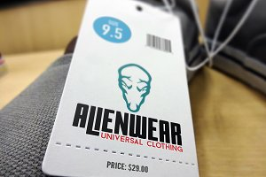 Alienwear Universal Clothing