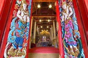 Buddha image in Phaya Wat temple