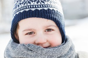 Little boy portrait in winter.