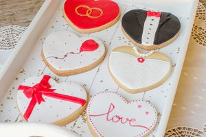 Valentin - wedding cookies.