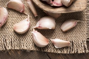 closeup of garlic