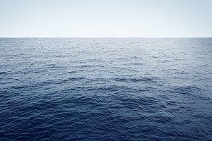 Blue sea minimal