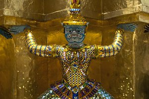 ,What Phra Kaew,statue Warrior