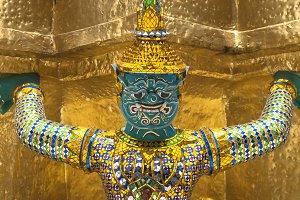 What Phra Kaew,statue Warrior