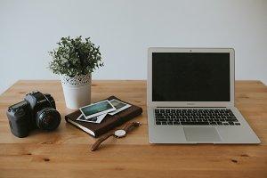 Entrepreneur's Desk