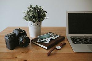Entrepreneur's Desk V2