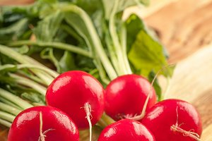 Fresh red radishes