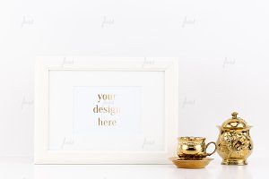 Simple frame with gold accessories