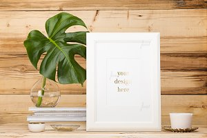Portrait frame, monstera leaf  ♥