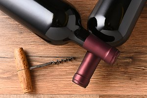 Crossed Wine Bottles Cork Screw