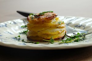 Pomme Anna Stack