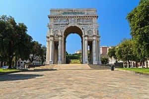arc in Piazza dell Vittoria, Genoa