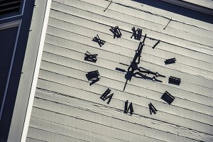 Outdoor Clock (Photo)