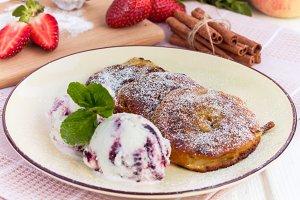 Dessert: apple rings in batter