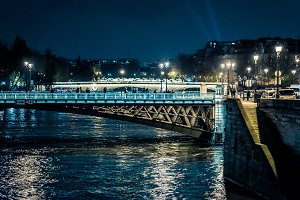 Bridges on the Seine