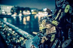 Locks Detail Pont des Arts