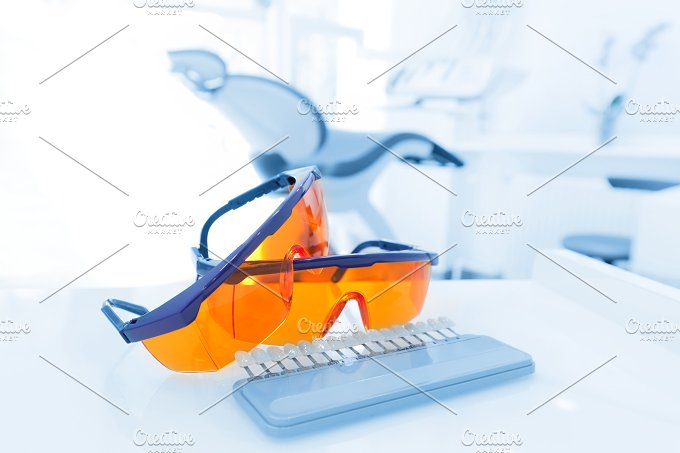 Dental instruments. Denistry. - Beauty & Fashion