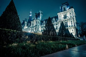 Nightfall on Hotel de Ville