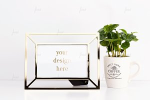Golden frame with coffee mug ♥