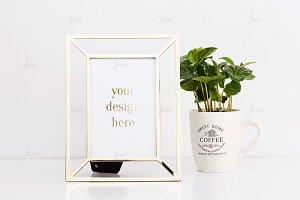 Coffee mug frame mockup