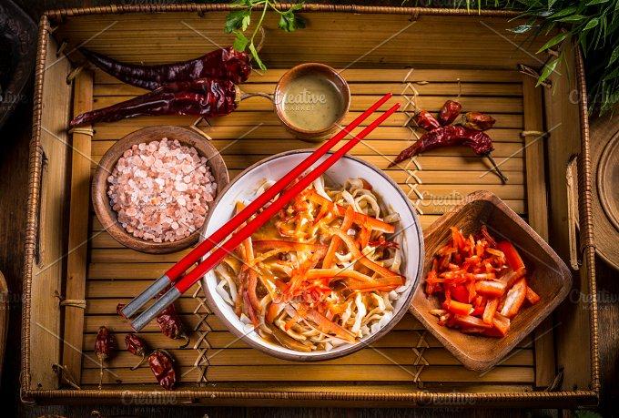 Vegetarian fried noodles - Food & Drink
